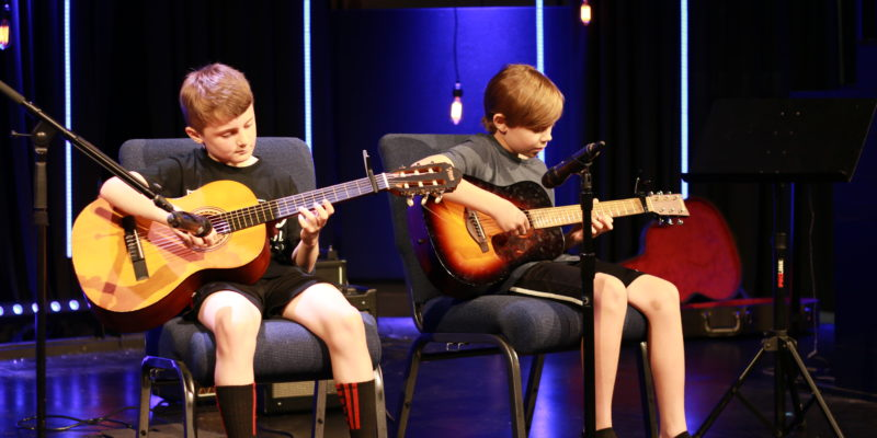 guitar recital, summit guitar school, online guitar class,
